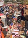 纪念品在北京古董市场上在北京 库存图片