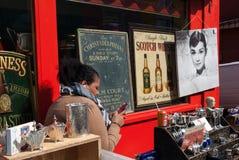 纪念品店在伦敦 免版税库存照片