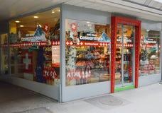纪念品店在瑞士 免版税库存照片