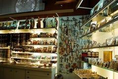 纪念品店在2014年5月31日的罗马市 库存照片