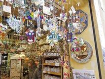 纪念品店,在巴塞罗那 库存照片