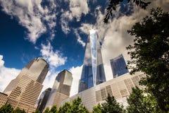 9/11纪念品看法在爆心投影的 免版税库存图片