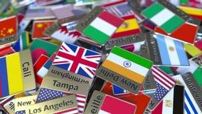 纪念品磁铁或徽章与热那亚文本和国旗在不同那些中 旅行到意大利概念性介绍 皇族释放例证