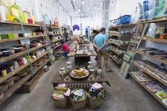 纪念品购物在西贡 免版税库存照片