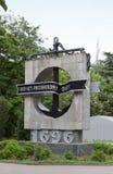 纪念碑以纪念舰队的300周年纪念的庆祝与题字`的300年俄国舰队` 免版税图库摄影