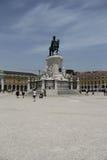 纪念碑在里斯本的中心 免版税库存照片