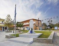 纪念碑在Evzonoi Maiin sqare 希腊 免版税库存图片