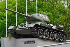纪念碑坦克T-34-85 加里宁格勒(在Koenigsberg前),俄罗斯 库存图片