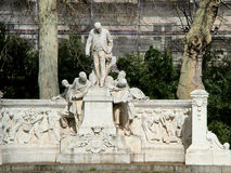 纪念碑大道的福煦吉恩查尔斯阿尔方在巴黎 库存照片