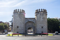 纪念碑环形交通枢纽,巴达霍斯(普埃尔塔de Palmas) 图库摄影