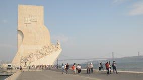 纪念碑的对发现,里斯本,葡萄牙游人 股票视频