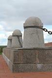 纪念碑的细节对篱芭的 库存照片
