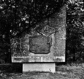 纪念碑记忆 在黑白的艺术性的神色 免版税库存照片