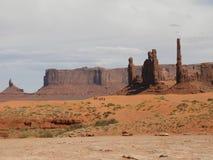 纪念碑谷亚利桑那形成部族犹他的那瓦伙族人 库存图片