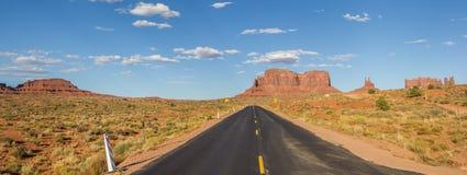 纪念碑谷全景在亚利桑那 免版税库存图片