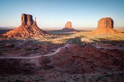纪念碑谷外型在亚利桑那 免版税库存照片