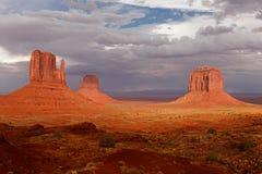 纪念碑谷沙漠 库存照片