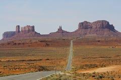 纪念碑谷,高速公路163 免版税库存图片