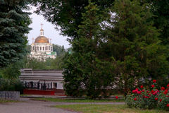 纪念碑,教会,都市风景议院,公园停放 免版税图库摄影