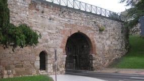 纪念碑:布尔戈斯,西班牙墙壁  免版税库存照片