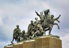 纪念碑Chapaev和他的在翼果的军队 免版税库存照片