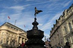 纪念雕象和市中心在伦敦 免版税库存照片