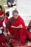 纪念Chorten的和尚,廷布,不丹 库存照片