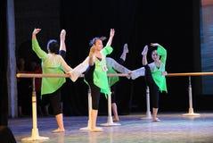 纬向条花训练这全国舞蹈训练 库存图片
