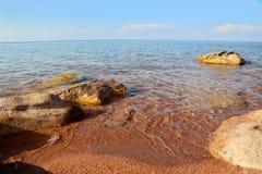 纯净,山湖 免版税图库摄影