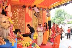 纳拉扬舍瓦Sansthan由纨妲娜籍Agarwal庆祝Navratri Sthapna 2018年 免版税库存照片