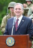 纳苏郡执行委员爱德Mangano在老Bethpage, NY对二战扎营参加者演讲 图库摄影