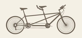 纵排自行车剪影,为两制造的自行车 库存图片