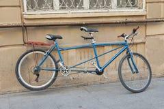 纵排自行车 免版税库存图片