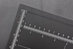 纸切口测量器 免版税图库摄影