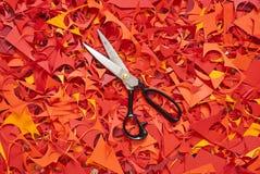 纸切口背景黄色红色 免版税库存图片