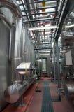 纸张和纸浆厂-同时发热发电工厂 库存照片