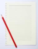 纸张和铅笔 免版税库存图片