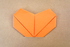 纸橙色心脏 免版税库存照片