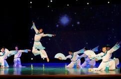 纸爱好者学者3中国民间舞 免版税库存图片