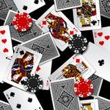 纸牌和赌博娱乐场芯片无缝的样式背景 皇族释放例证
