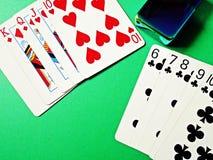 纸牌游戏手 免版税库存图片