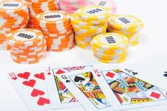 纸牌筹码和看板卡 免版税库存照片
