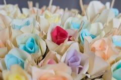 纸玫瑰 免版税图库摄影
