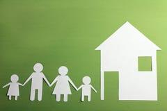 从纸的家庭 免版税库存图片