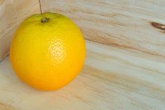 纸盒橙色木 免版税库存图片