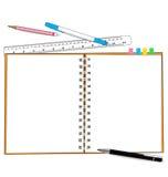 纸笔记和文具 免版税库存图片