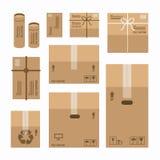 纸箱被设置的产品包裹大模型设计 免版税库存照片