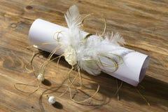 纸纸卷与美丽的装饰的 免版税库存照片