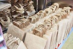 纸袋在仓库商店 库存照片