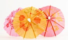 纸遮阳伞粉红色黄色 免版税图库摄影